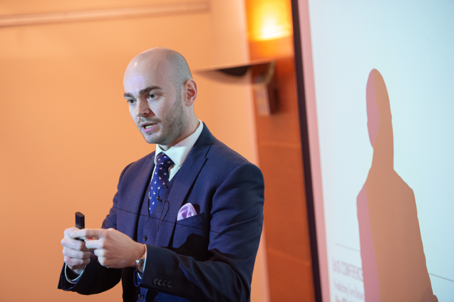 Personal development coaching client Alex ONeill presents at the EngD conference after preparing using visualisation techniques supported by Siendo